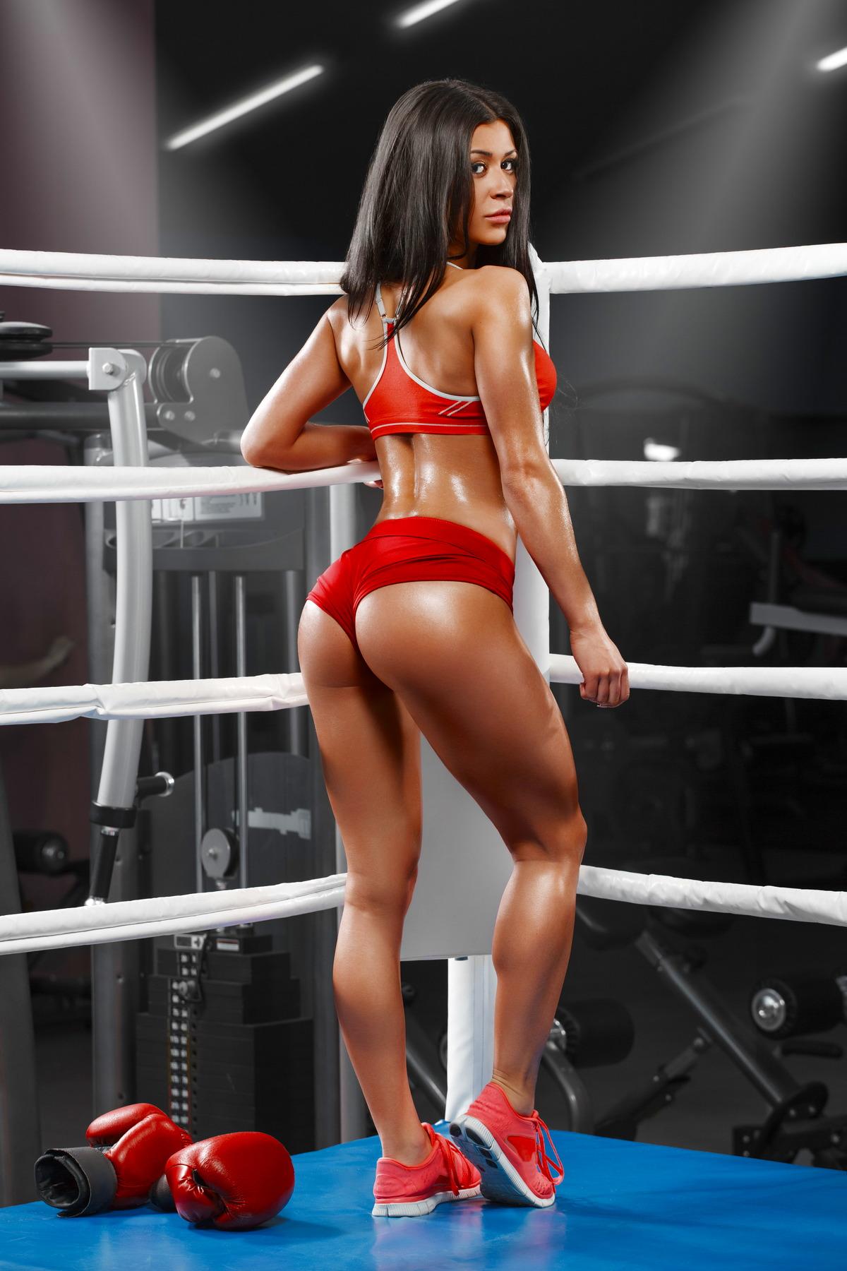 Sexy Girl im Boxring