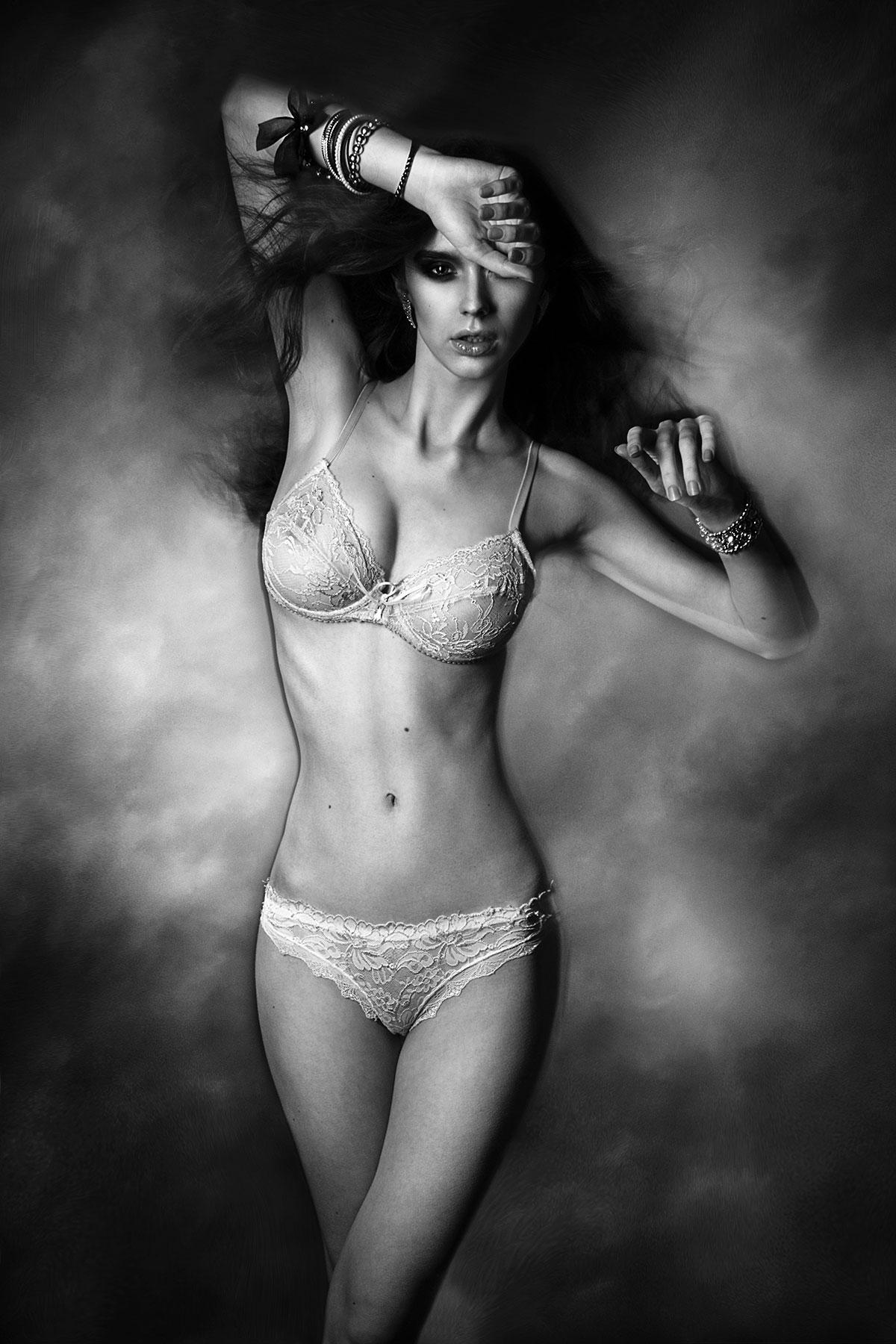 Sexy Girl in schwarz-weiss