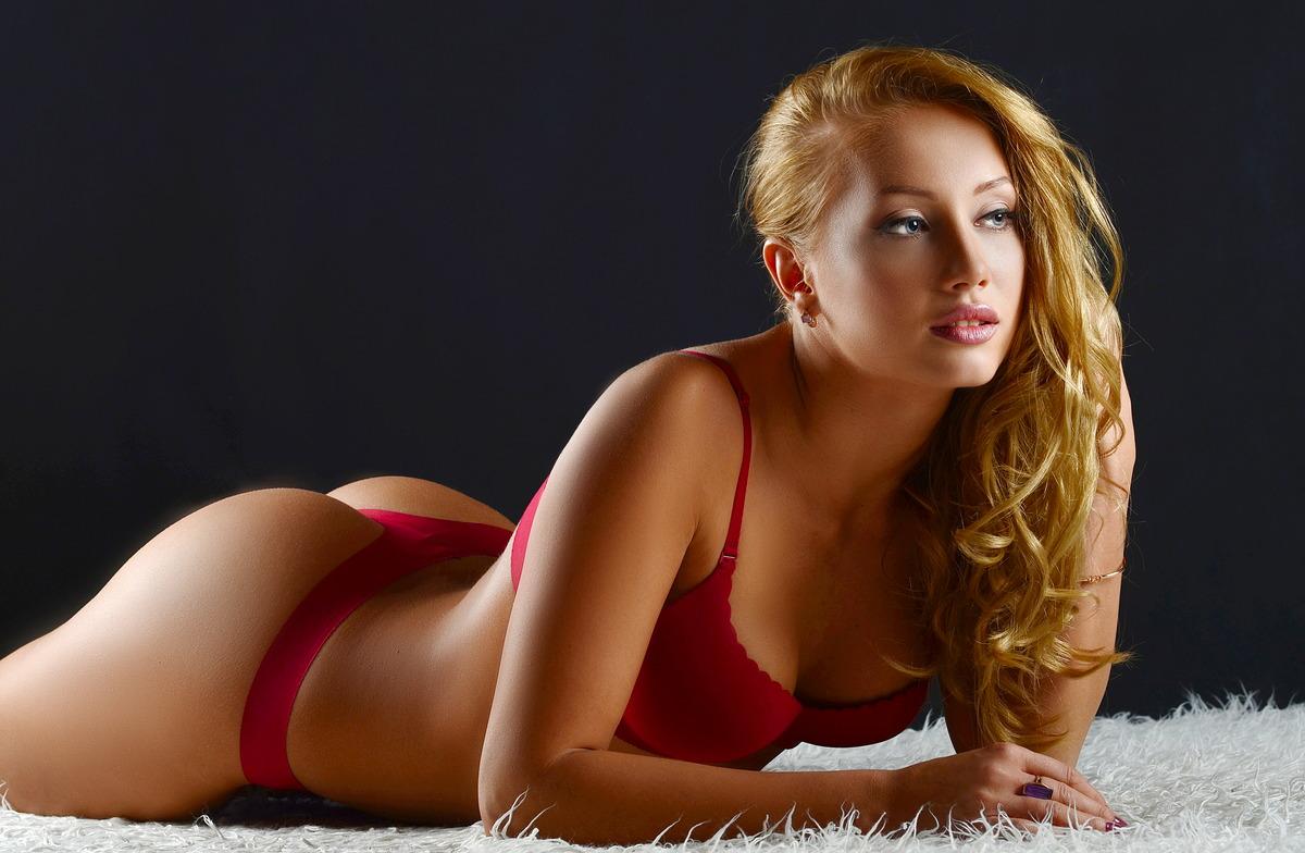Sexy Girl meditiert