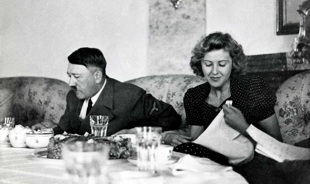 Adolf Hitler und Eva Braun in Berchtesgaden